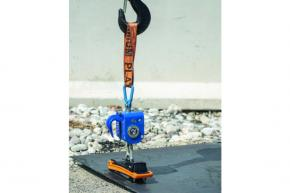 SAFETY MAGNETIC HOOK CAPACITY 2500KG REMOTE CONTROLLED